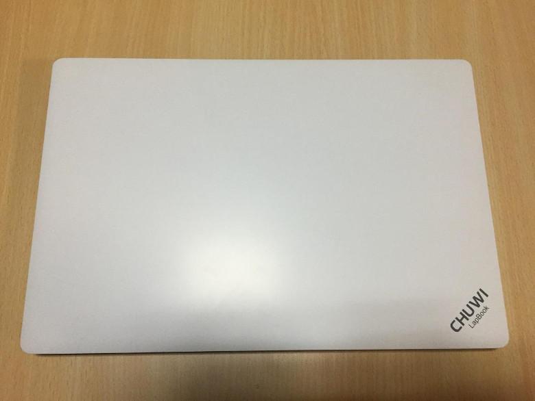 Chuwi LapBook 14.1 筺体2