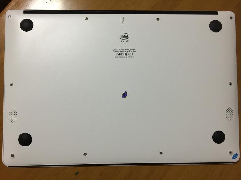 Chuwi LapBook 14.1 底面