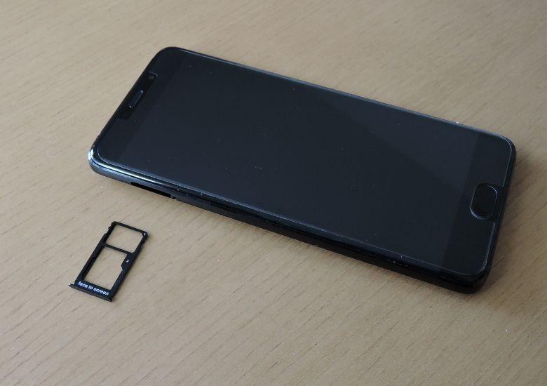 Elephone S7 HELIO X25 VERSION SIMスロット
