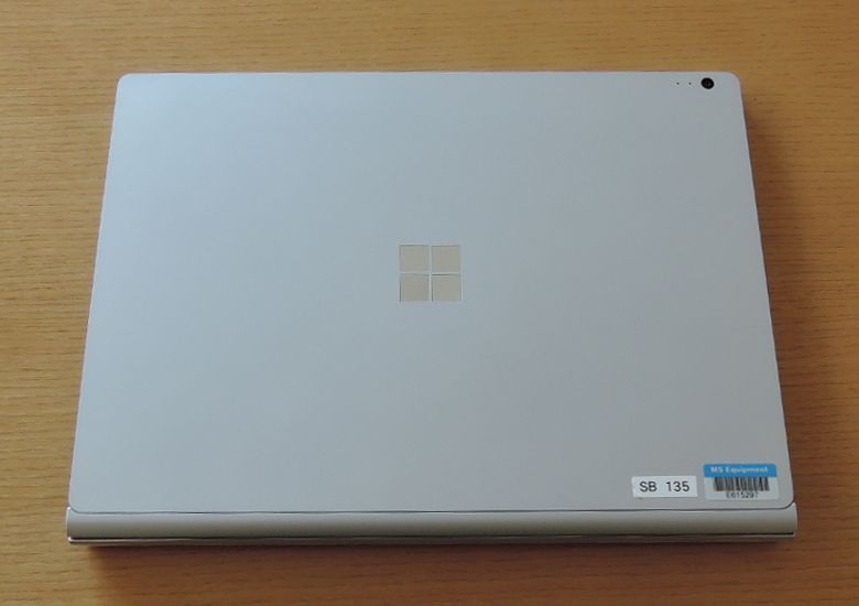 Microsoft SurfaceBook 天板