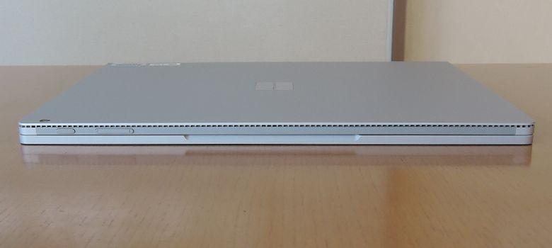 Microsoft SurfaceBook 前面