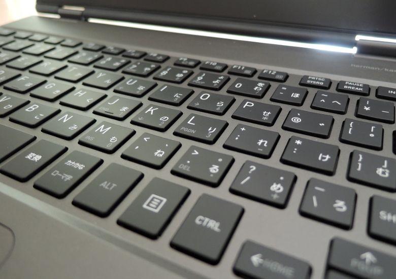東芝 dynabook VZ72/B キーボード拡大