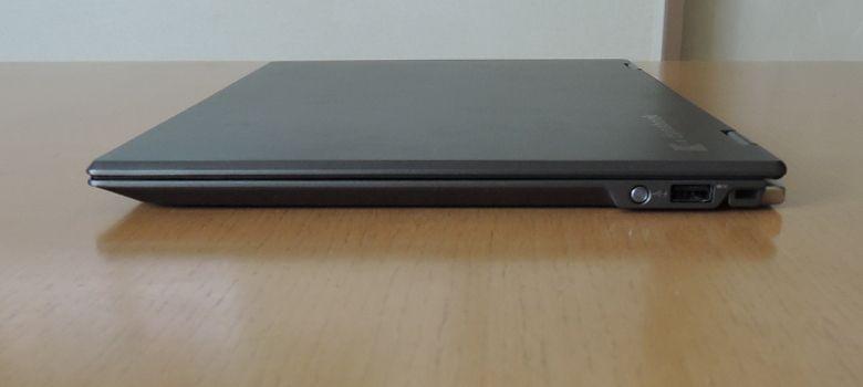 東芝 dynabook VZ72/B 右側面