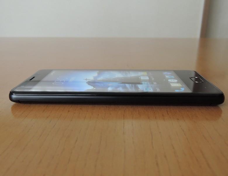 Ulefone U008 Pro 左側面