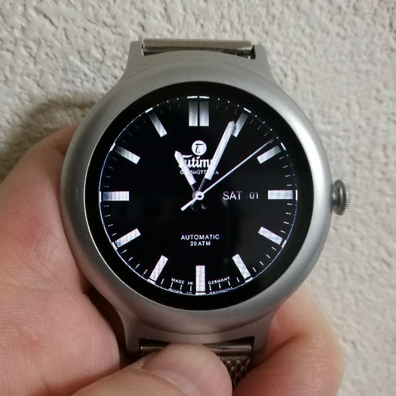 LG Watch Style ディスプレイ紺アナログ