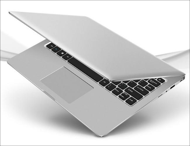 Chuwi LapBook 12.3 アルミ筐体