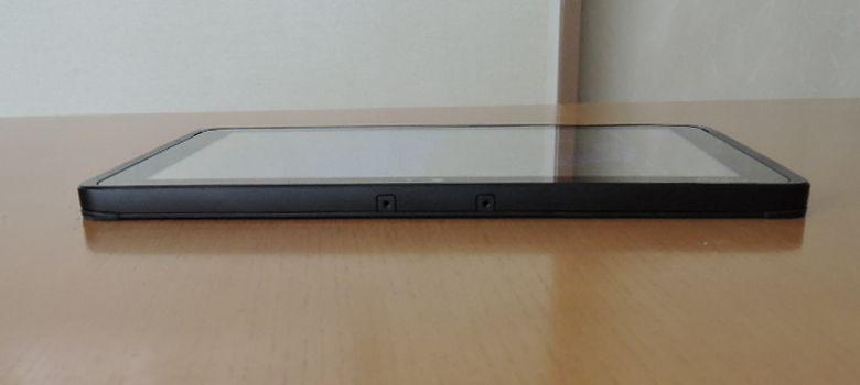 Fujitsu Arrows Tab WQ2/B1 上面