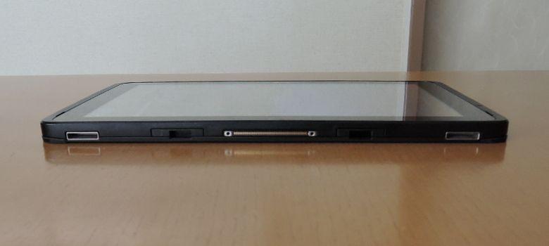 Fujitsu Arrows Tab WQ2/B1 底面