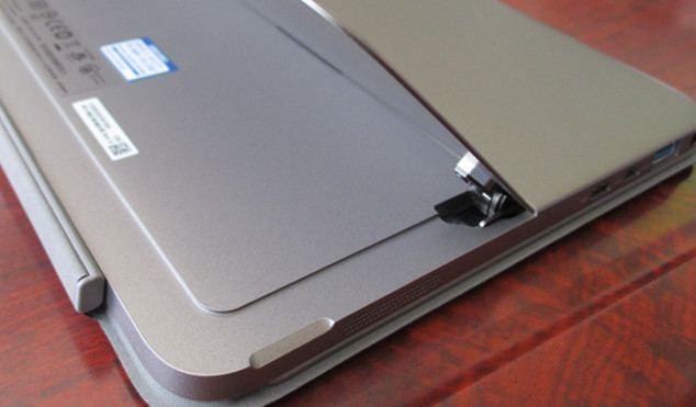 ASUS TransBook Mini T102HA ポート説明