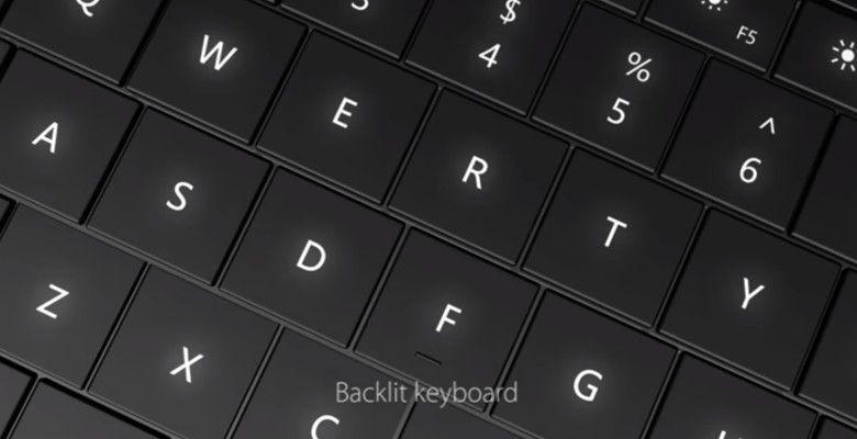 Chuwi SurBook バックライトつきキーボード