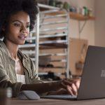 Microsoft Surface Laptop ー 13.5インチモバイルノート、7月20日発売が決定!OSアップグレードも期間限定で無償!