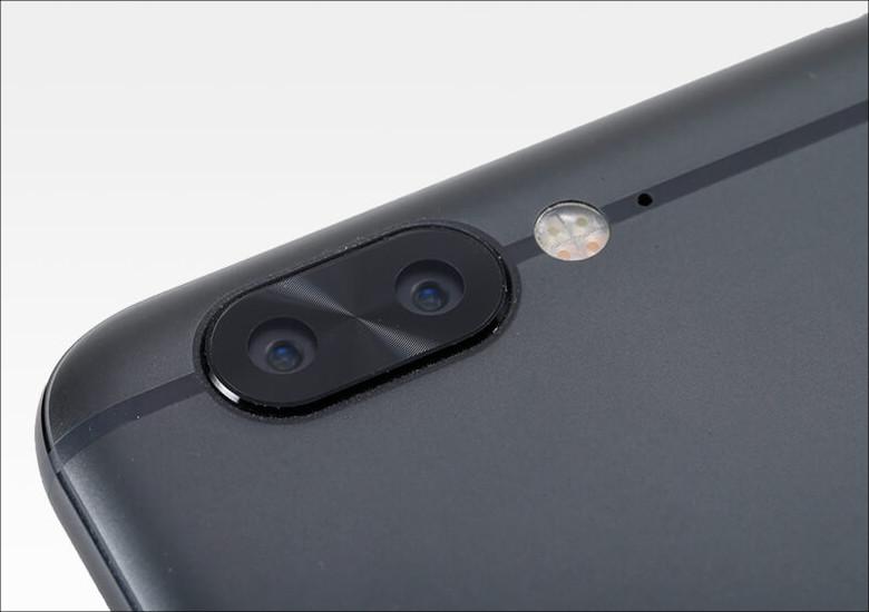 ヤマダ電機 EveryPhone DX カメラ