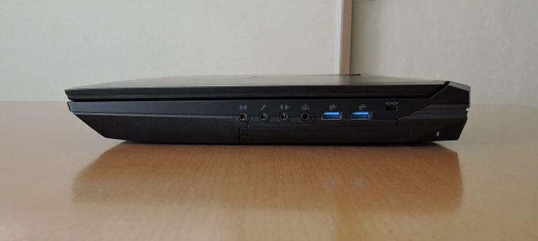 マウス NEXTGEAR-NOTE i7901 右側面