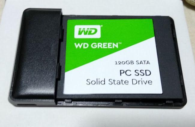 PCストレージの増設 SSD装着