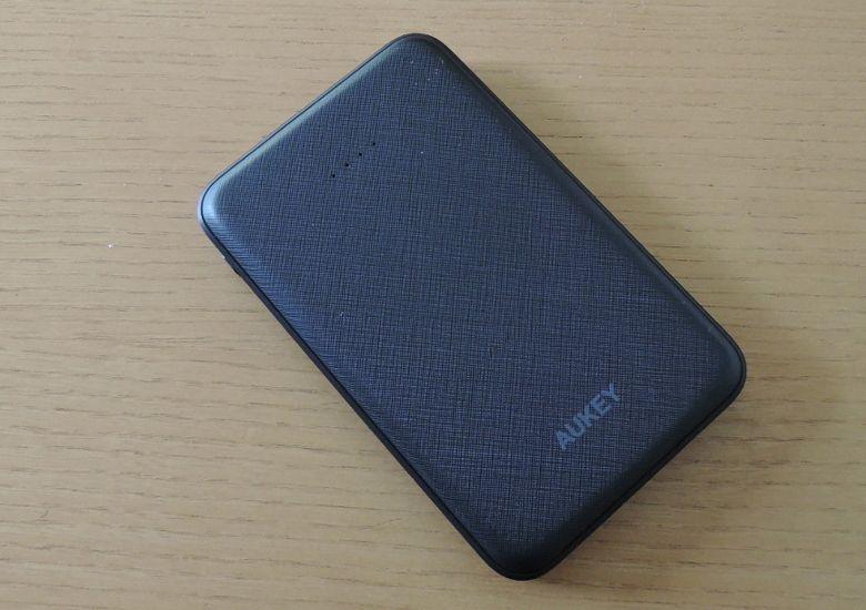 AUKEY モバイルバッテリー PB-N50 筐体