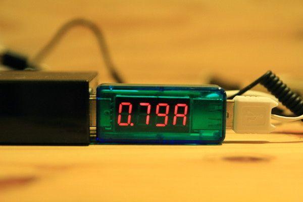 DAISO モバイルバッテリー(ふんぼ)充電テスト2