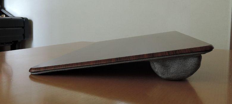 サンワサプライ 膝上テーブル 200-HUS007 側面