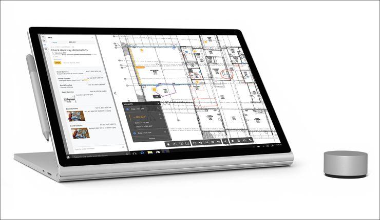 Microsoft Surface Book 2 スタンドモード