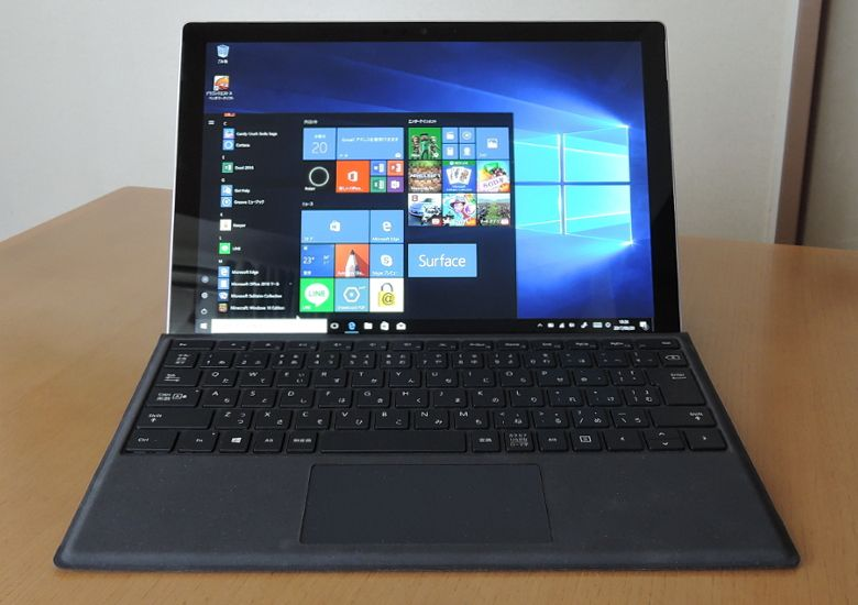Microsoft Surface Pro(2017) 正面