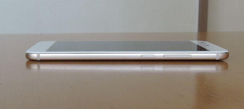 Xiaomi Mi A1 電源ボタンと音量上下