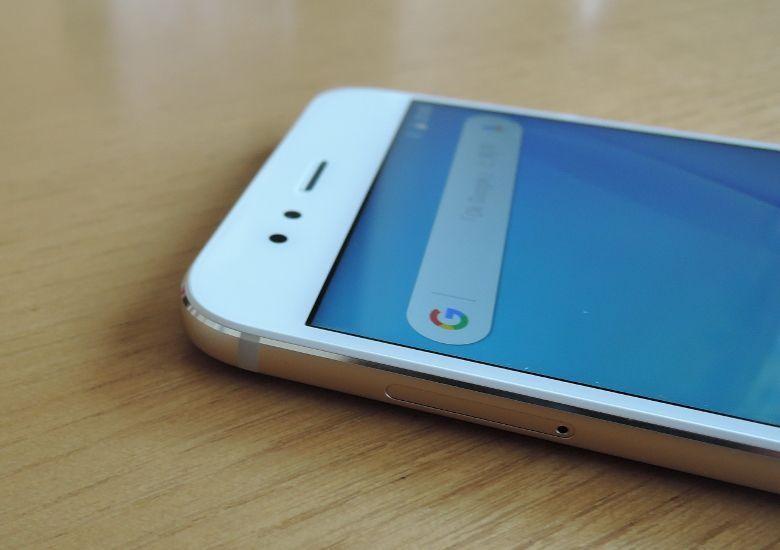 Xiaomi Mi A1 2.5D曲面?