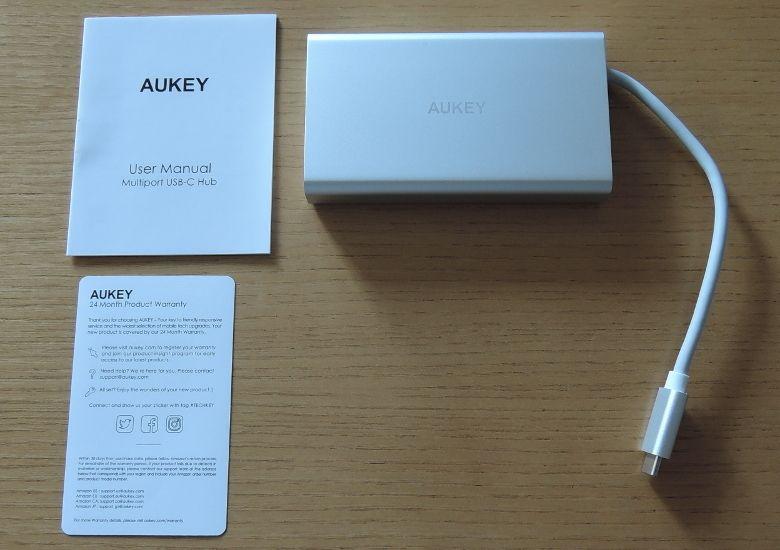 AUKEY USB Type-C ハブ CB-C55 同梱物