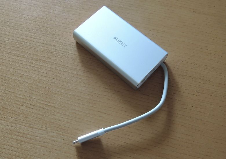 AUKEY USB Type-C ハブ CB-C55