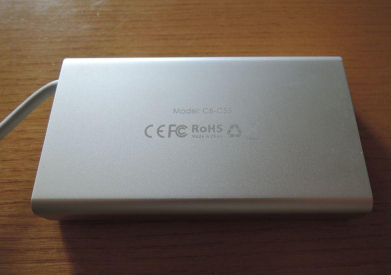 AUKEY USB Type-C ハブ CB-C55 底面