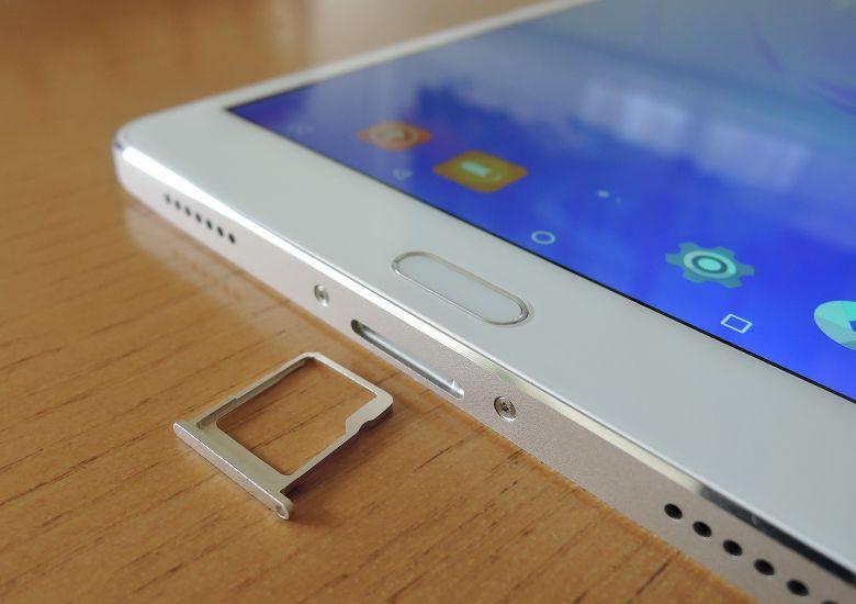 Teclast T8 microSDスロット