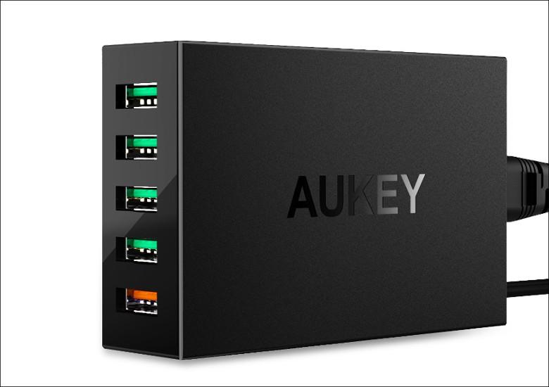 AUKEY USB充電器 PA-T15
