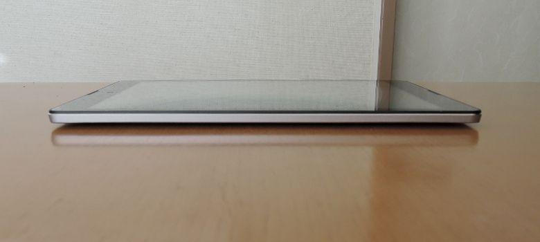 Diginnos Tablet DG-A97QT 左側面