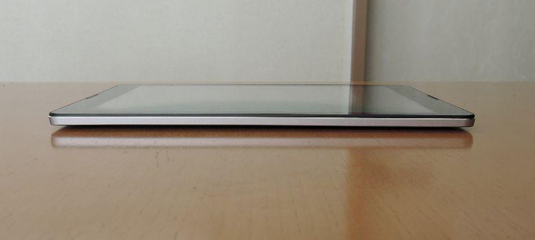 Diginnos Tablet DG-A97QT 右側面