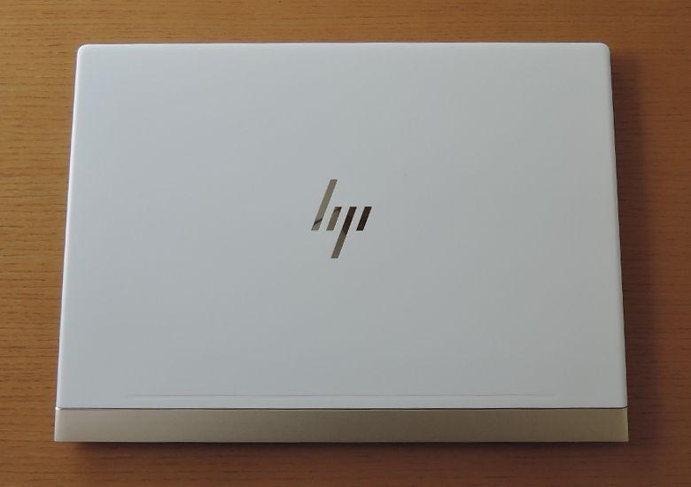 HP Spectre 13(2017年11月モデル)天板