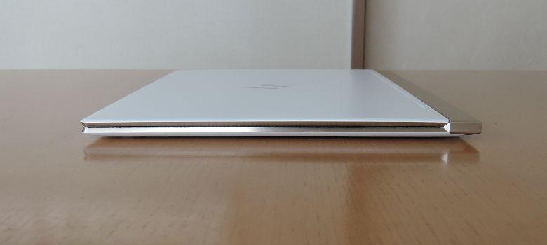 HP Spectre 13(2017年11月モデル)右側面
