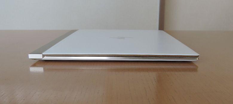 HP Spectre 13(2017年11月モデル)左側面