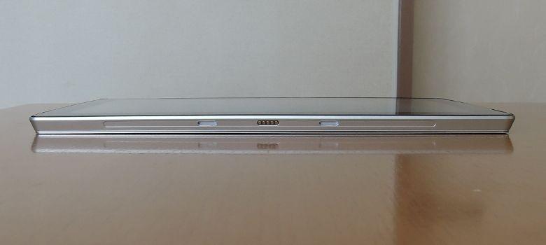 Jumper EZPad 6 Plus 下面