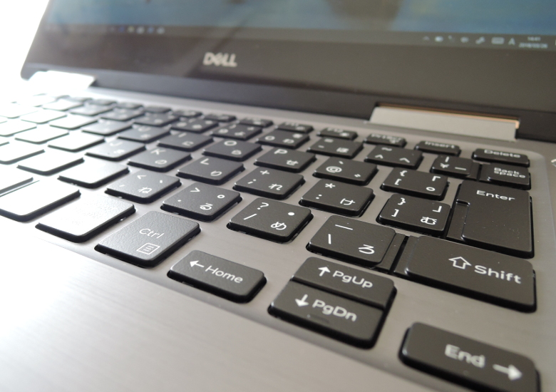 DELL Inspiron 13 7000 2 in 1 キーボード拡大