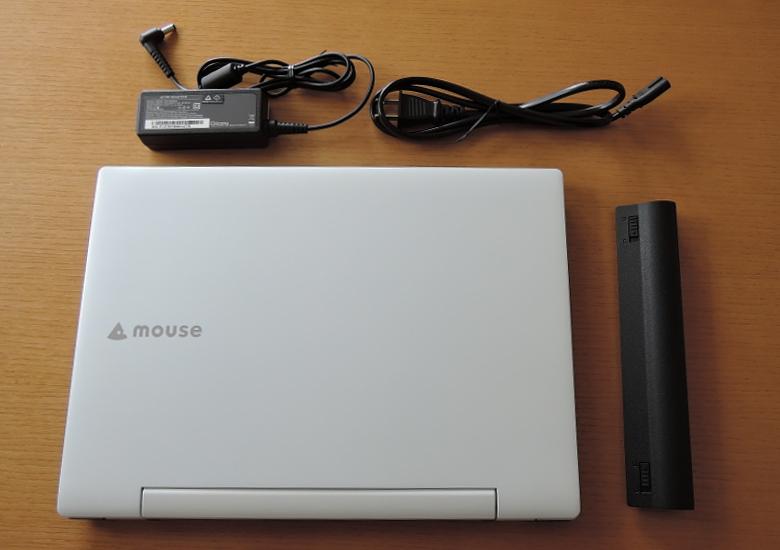 マウス m-Book J 同梱物1
