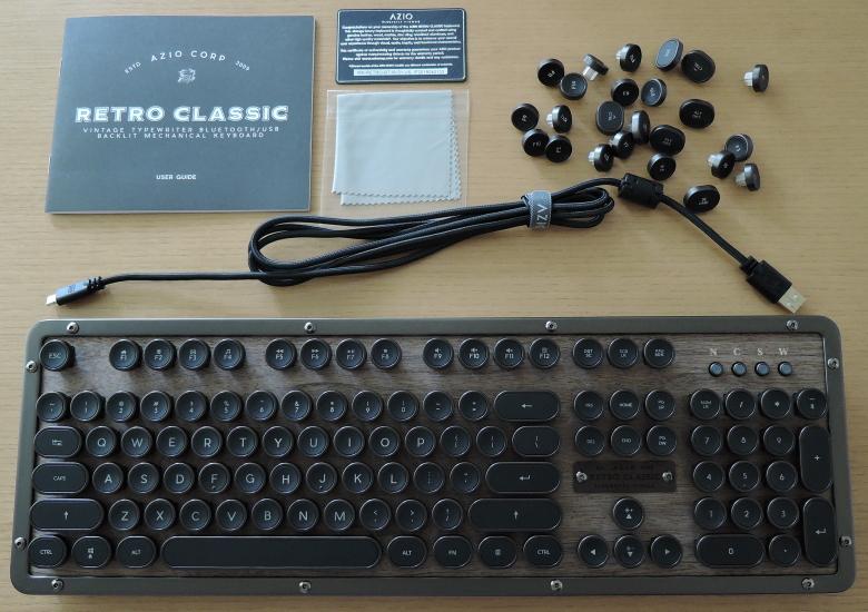 Azio Retro Classic 同梱物