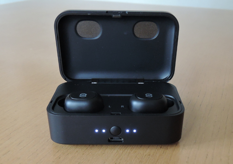 SoundPEATS Bluetooth 5.0 完全ワイヤレスイヤホン Q32 ケース正面