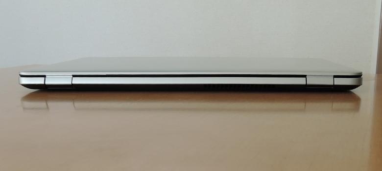 ドスパラ Critea DX-KS F7 背面