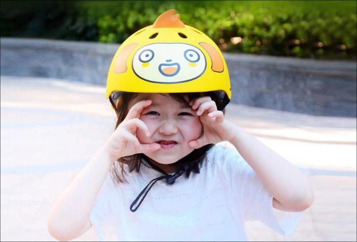 Xiaomiの子供用ヘルメット
