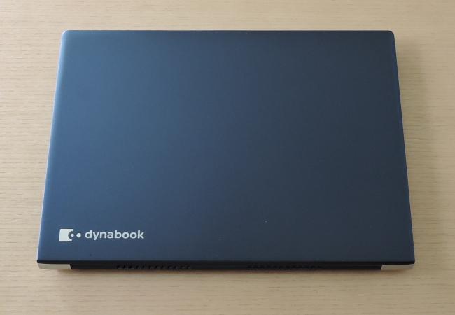 東芝 dynabook UZ63/F 天板