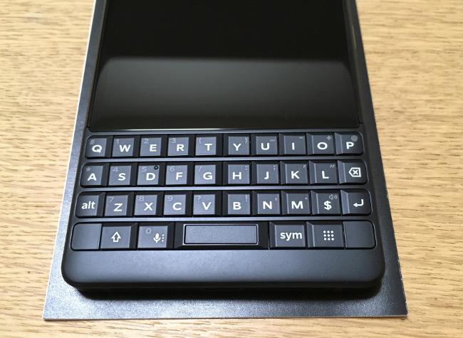 BlackBerry KEY2 キーボード