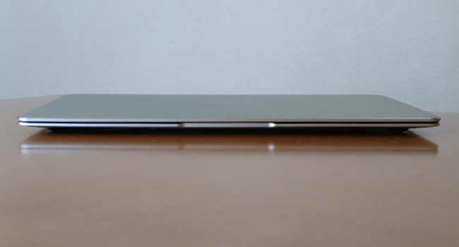 Jumper EZbook X4 前面