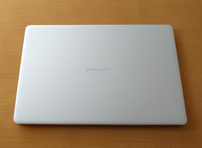 Jumper EZbook X4 天板