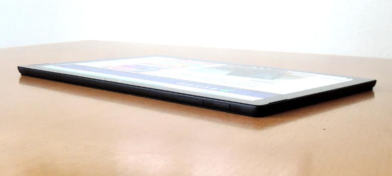 Microsoft Surface Pro 6 上面