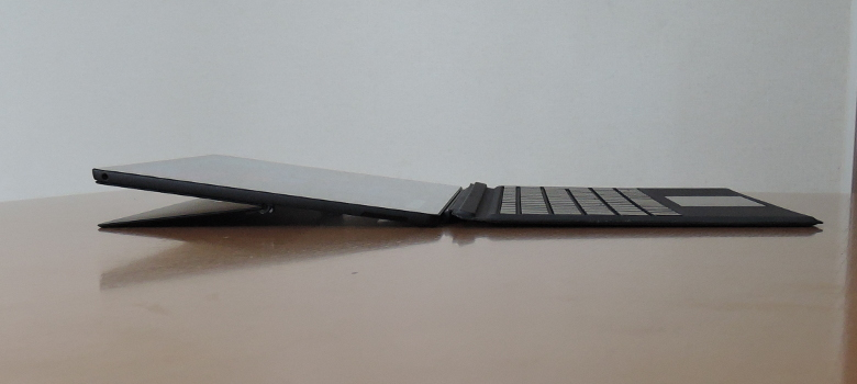 Microsoft Surface Pro 6 最大開口