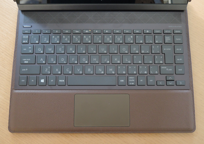 HP Spectre Folio 13 キーボード