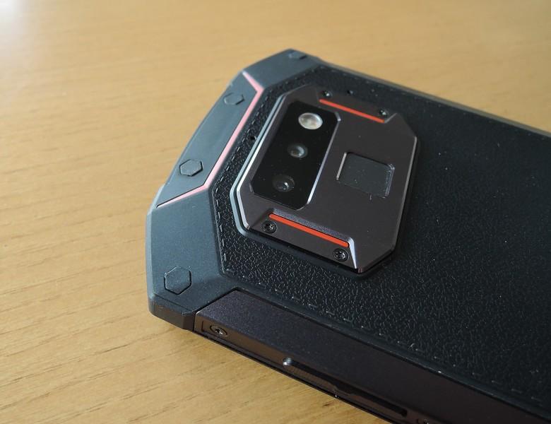 Note9っぽいカメラ周りデザイン